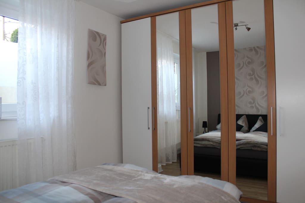 top 2 zimmer wohnung 40 qm apartments zur miete in castrop rauxel. Black Bedroom Furniture Sets. Home Design Ideas