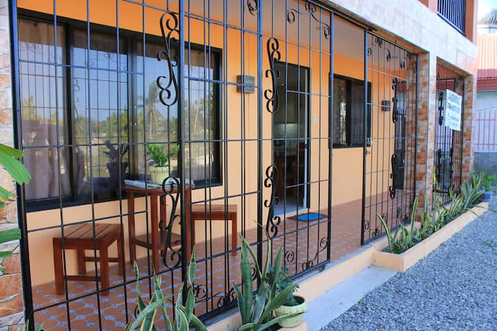 PAGADOR ONE APARTELLE  2Bedroom Apartment