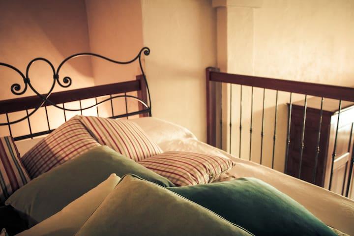 CadiTrau Mansarda Vivimosso - Mosso Santa Maria - Bed & Breakfast