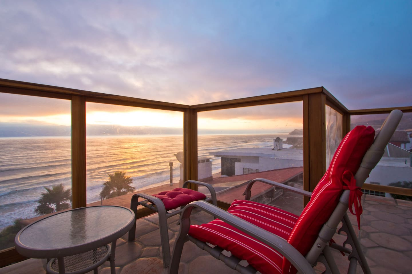 Your romantic get-away.... relax and enjoy the magnificent sunsets from your roof-top terrace.