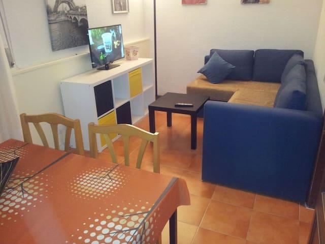 APTO ST FULL EQUIPE WIFI -CÉNTRICO Y COMUNICADO- - Leganés - Apartament