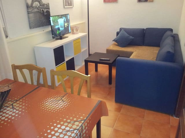 APTO ST FULL EQUIPE WIFI -CÉNTRICO Y COMUNICADO- - Leganés - Wohnung