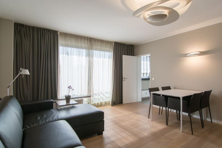 Luxuriös ausgestattetes Appartement - Düsseldorf - Appartement