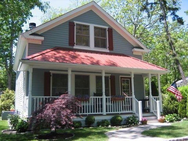 Classic Hamptons Cottage