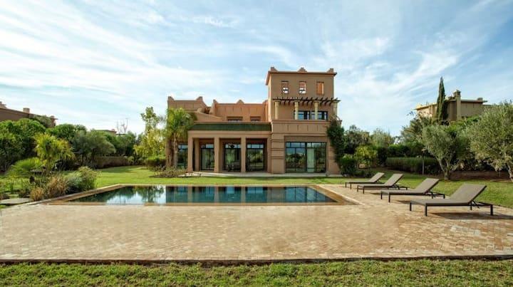 Villa d'exception en 1ere ligne du Golf Samanah