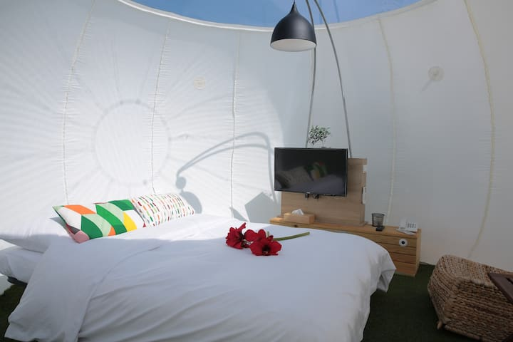 Luxury Bubble Tent - Bali District - Tipi