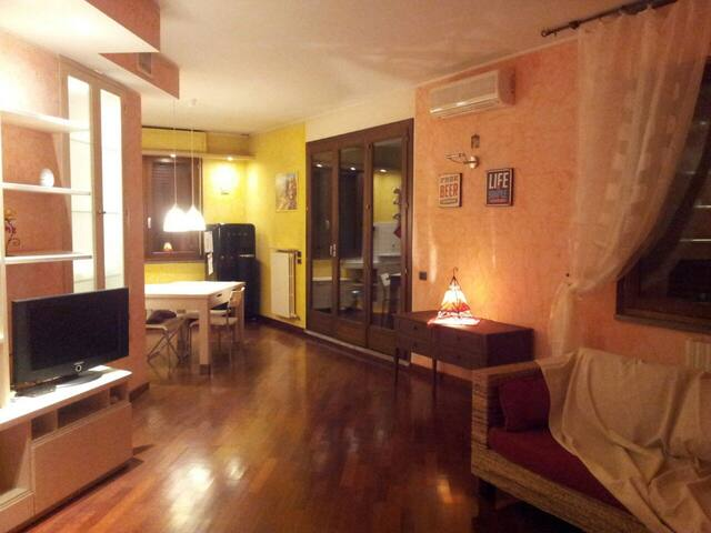PENTHOUSE ON DOWNTOWN - Prato - Daire