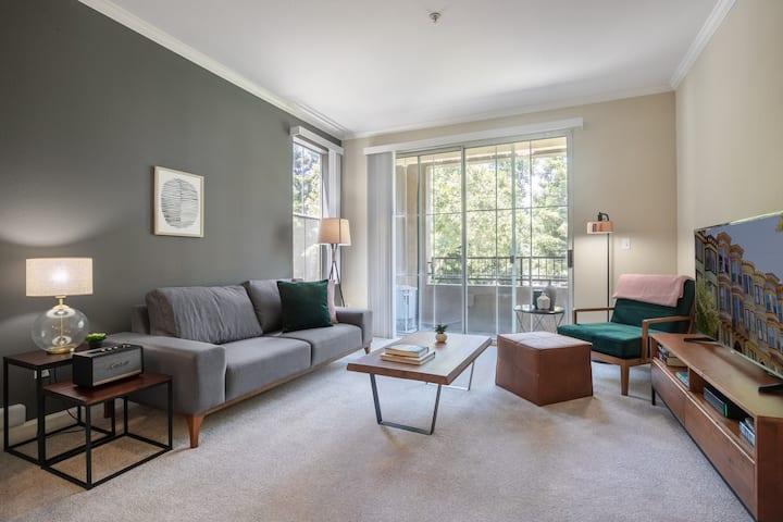 Airy San Jose - The Alameda 1BR w/ Spa + On Site Retail  by Blueground
