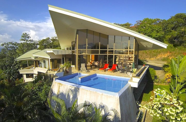 Casa Cascadas: Modern Sea-View Home in Gated C.