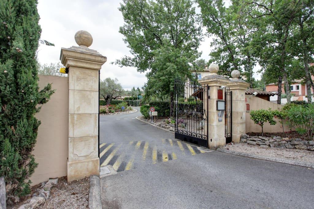 Entrance Domaine de Fayence
