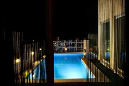 Luxury Villa Swimming - 6 people