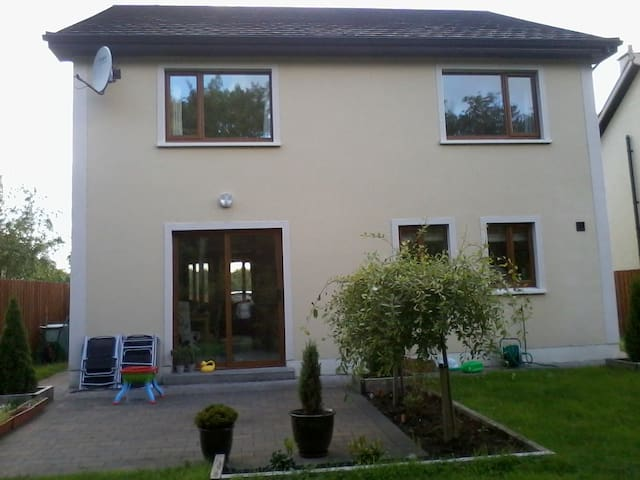 Detached house in Foxford Co Mayo - Foxford - House