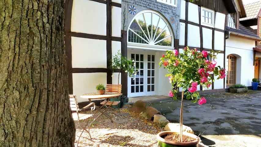 140qm, frisch renoviert, mit Garten - Kalletal