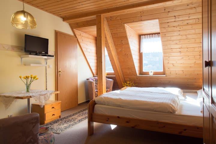 Bed&Breakfast  2P in Rittersgrün - Breitenbrunn/Erzgebirge - Bed & Breakfast