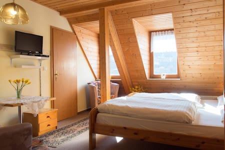 Bed&Breakfast  2P in Rittersgrün - Breitenbrunn/Erzgebirge