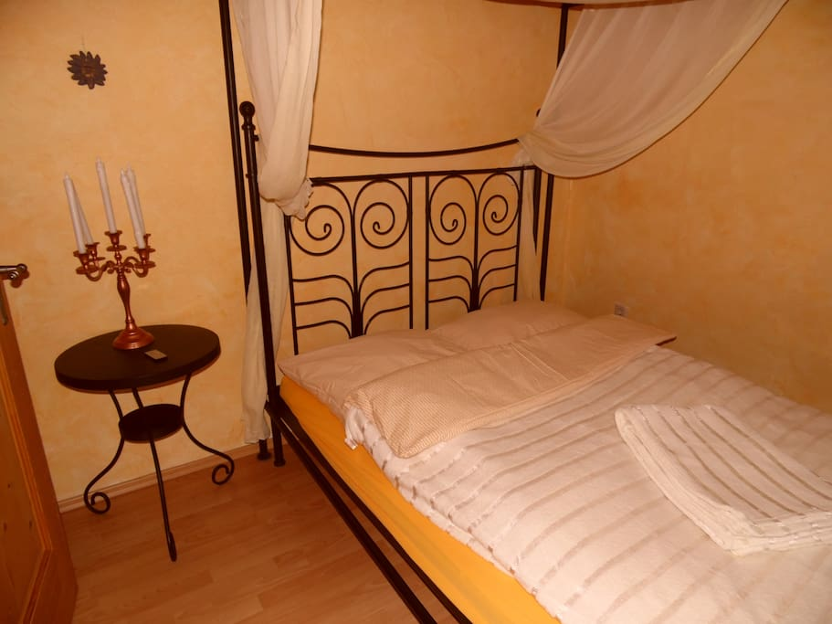 wohnung in t lz sucht nette leute wohnungen zur miete in bad t lz bayern deutschland. Black Bedroom Furniture Sets. Home Design Ideas