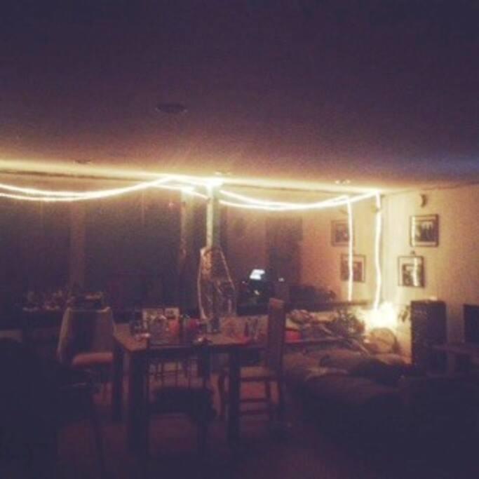 nos gusta sentirnos bien en casa ;), we like to feel good at home    ;)