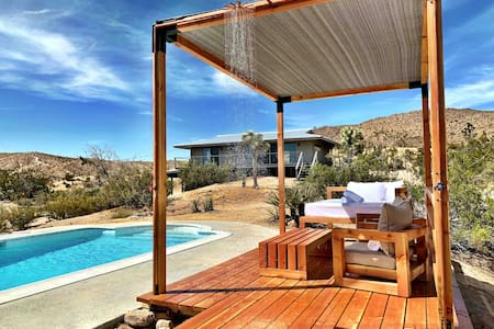 The Joshua Tree Prescott House + Pool & Hot Tub