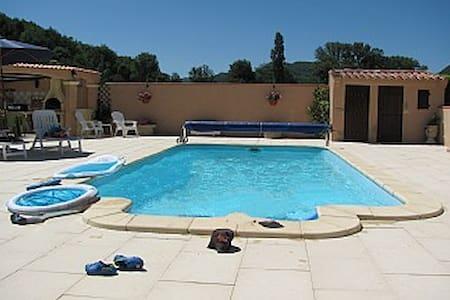 Luxury Villa with pool n mountains - Fa