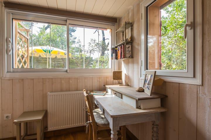 Cap-Ferret suite cosy terrasse privée style cabane