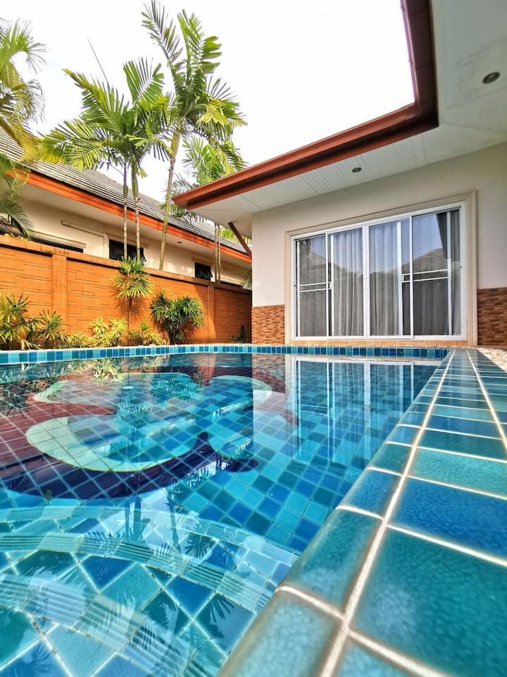 Villa Baan Dusit Pattaya Park