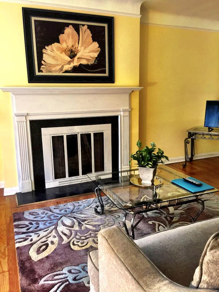 Charming Stone Cottage-- 20 min to CCF/CWRU/UH