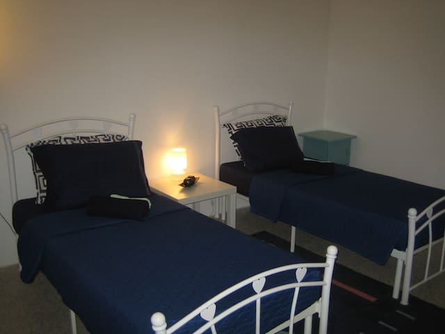 WHITE ROOM/AC/WiFi/Private Bathroom - Ta' Xbiex - Apartamento