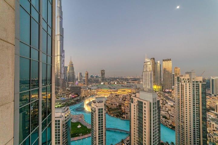 Top Floor 1BR Downtown Burj Khalifa  Fountain View