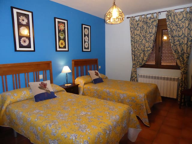 LA PALOMA Apartamento rural   6 pax-Segovia Avila