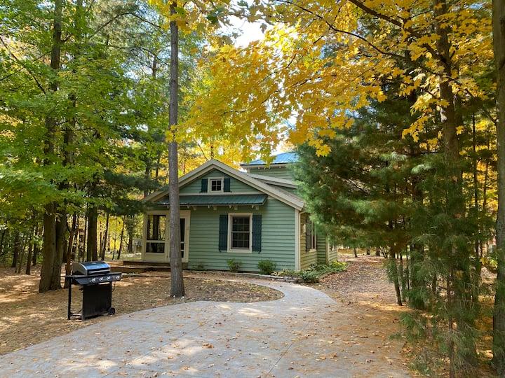 Cottage #2 at DollyBrook Resort