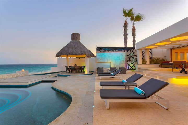 Villa Blue Sea- An amazing contemporary beachfront vacation rental with a Discounted rate!