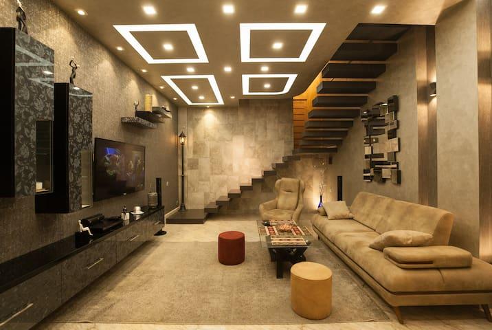 3 floors luxury house in the heart of Yerevan