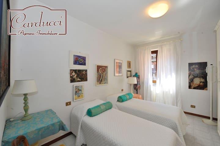 Tuscany - Spacious seaside apartment
