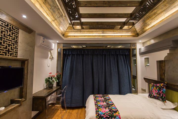 (天门山)温馨家庭舒适套房两居室(可住5人)