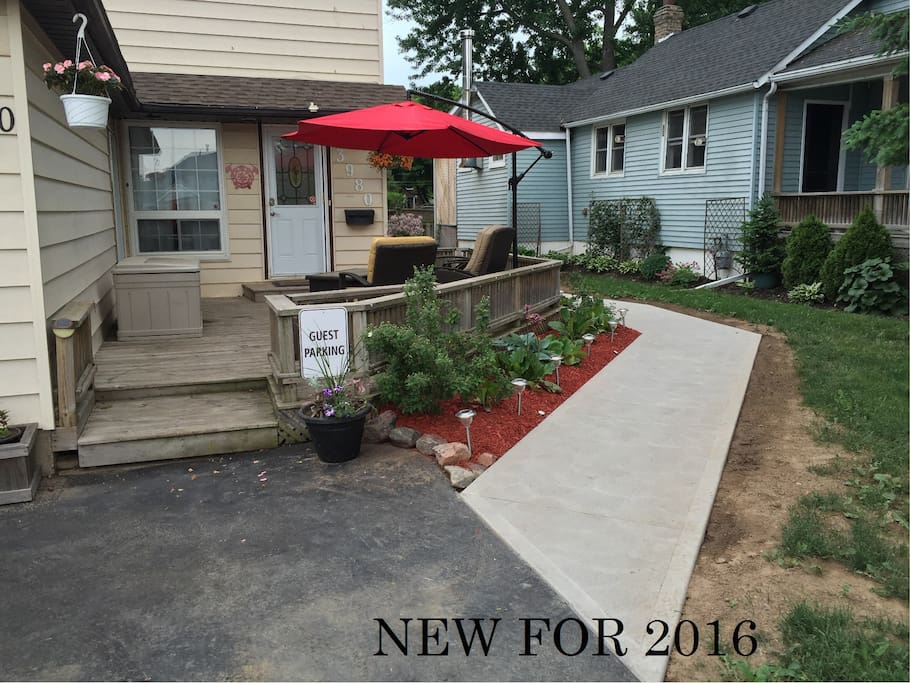 Welcome to Our Niagara Rental, NEW for 2016 is a brand new walkway leading to the rental