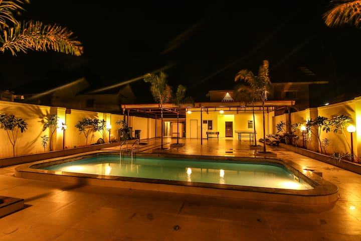 3BHK Private Pool Villa - Panchgani - Villa