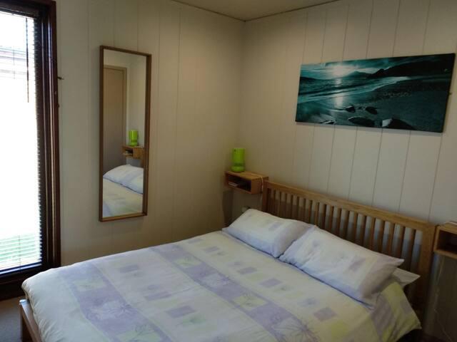 Luxury 3 Bedroom Lodge Secret Coast with Hot Tub