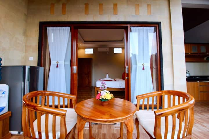 Balinese guest house with local live experience