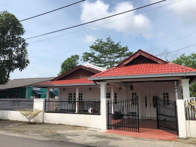 Sri Massa Malay Homestay