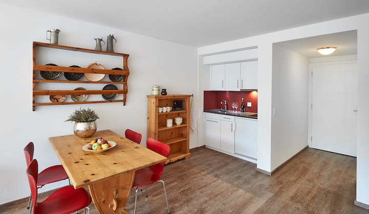 Neu renoviertes Studio (30 qm) im Dorfzentrum