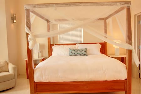 Ocean View bedroom at Villa Maria - Whitehouse  - Rumah