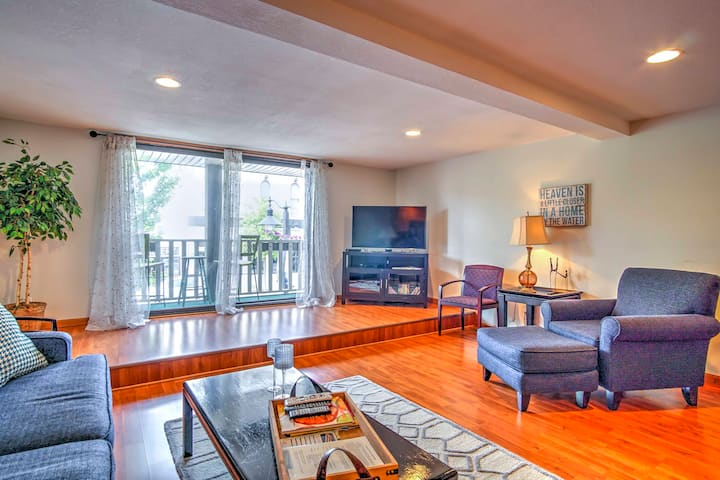 Charming Grand Haven Apt w/View - Walk Everywhere!
