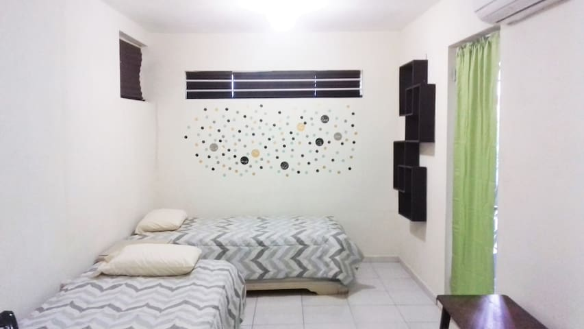Private room in Monterrey - Monterrey - Apartamento
