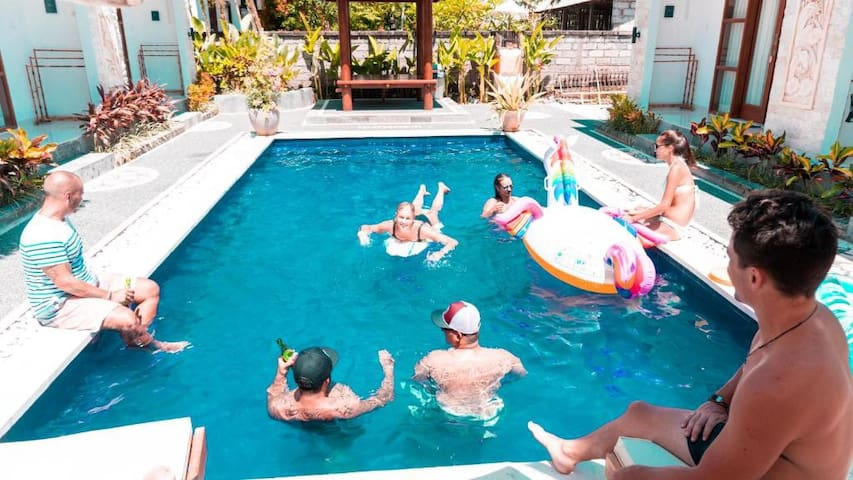 Bali Beats Guesthouse Uluwatu Dormitory