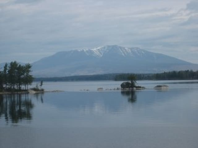 Expansive Katahdin View Cabin on Ambajejus Lake - Millinocket - Chatka