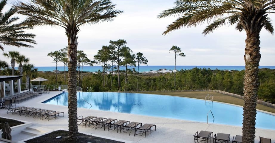 2020 Rates Reduced! Beach and Pools~Silver Dunes Cottage at Cypress Dunes 30A