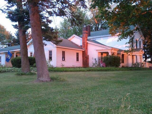 Amazing 1832 RGargesFarmStay Bedrm1 - Cassopolis - Casa