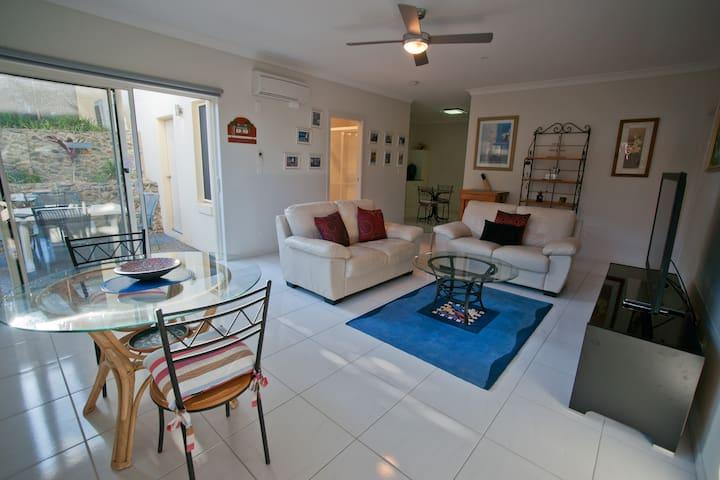 Split Solitary Apartment - Sapphire Beach - Apartamento