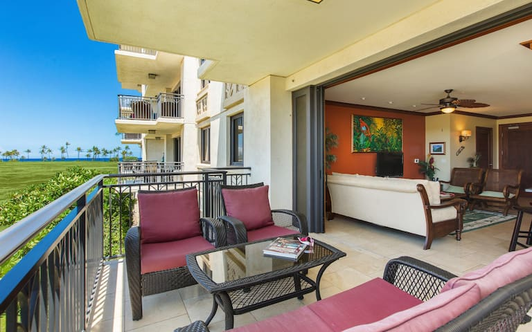 2BD Ko Olina Beach Villa with Pool, Beach, Free Wifi and Sunsets!