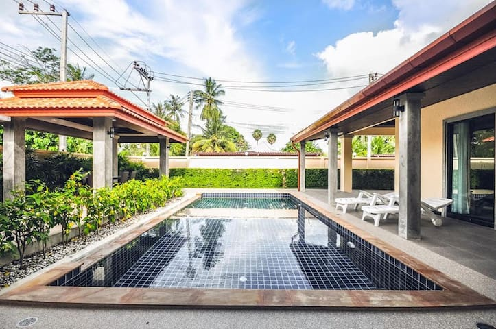 villa sommai 2 bedrooms 3bathroom with private swimming pool